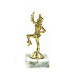 Arany figura - Mazsorett - F115
