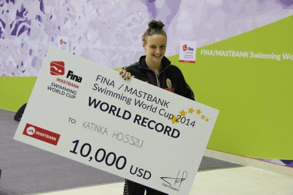 Hosszú Katinka megszerezte a kétszázadik aranyérmét a világkupákon 067e1608c9